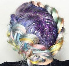 Rainbow Braid + Glitter Roots (note: same poster as Earthy Unicorn Hair) Glitter Roots, Glitter Bomb, Glitter Slides, Fantasy Hair, Fantasy Makeup, Coloured Hair, Unicorn Hair, Pastel Hair, Bright Hair