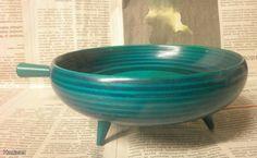 Puukulho, Paavo Asikainen / Wooden bowl, design Paavo Asikainen