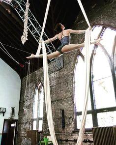 Aerial Dance, Aerial Hoop, Aerial Arts, Aerial Silks, Better When Im Dancing, Dance Dreams, Learn To Fly, Inspire Me, Climbing