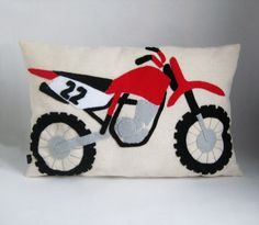 Dirt Bike Bedroom Decor New Dirt Bike Pillow Applique Accent Cushion Dirt by Kmariemarsh I Could so Make This Dirt Bike Bedroom, Motocross Bedroom, Bike Room, Kids Bedroom Designs, Boys Bedroom Decor, Bedroom Ideas, Dirt Bike Birthday, Moto Cross, Baby Bike