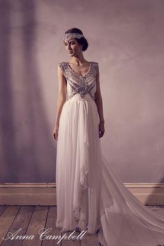 Anna Campbell 'Giselle' dress and 'Blossom' headpiece.   www.annacampbell.com.au