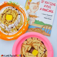 Pancake Paper Plate Craft Inspired by If You Give a Pig a Pancake: This pancake craft is going to make you hungry because it& topped with a pat of butter and dripping in pretend syrup. Kindergarten Crafts, Preschool Books, Preschool Crafts, Preschool Bulletin, Preschool Alphabet, Paper Plate Crafts, Book Crafts, Paper Plates, Craft Books
