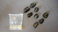 pierre avec petit sac mot message cadeau