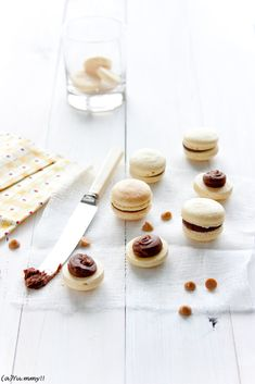 Kitchen notes: Chocolate and Peanut Butter Macaron