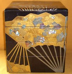 Japanese antique makie lacquer tiered food box c 1910