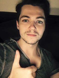 Damian McGinty (Official) Thanks for tuning into the random live chat, you guys are the best. Off for a Sunday evening pizza. Have a great night. D.
