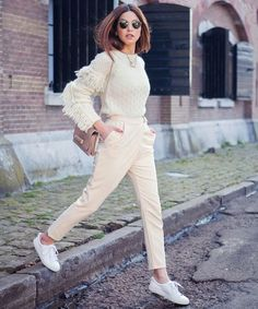 Fun with Fringe — Negin Mirsalehi Mode Outfits, Casual Outfits, Fashion Outfits, Fashion Fashion, Fashion Trends, Daily Fashion, Everyday Fashion, Street Chic, Street Style