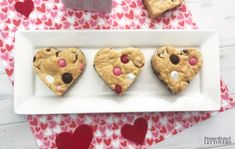 50 Heart Shaped Valentine's Day Treats for Kids & Adults - Recipe Magik White Chocolate Bark, Chocolate Chip Cookie Bars, Chocolate Chips, Pretzel Treats, Marshmallow Treats, Valentine's Day Sugar Cookies, Cake Cookies, Valentines Day Treats, Valentine Ideas