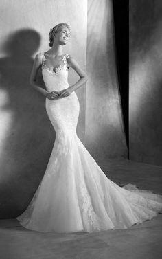 VANNI - Chic and beautiful mermaid wedding dress by Pronovias