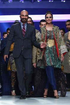 Four Day Show Draws to a Close At PFDC HSY INK Dresses Collection 2015 (11)
