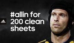Petr Cech's accomplishment against Man. United
