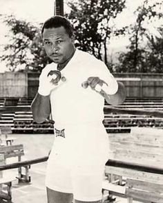 "Archie Moore ...  1938-1963 ... Archie Moore is a special fighter with many unique distinctions: Nicknamed ""The Old Mongoose"", Archie Moore has one of the longest careers in boxing. And at 48 years old, Moore was the oldest Light Heavyweight champion in boxing history, and he also has the most knockouts than any other boxer in history."