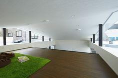 House in Tsubaki / PANDA