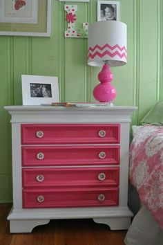 This would be a great idea especially for a little girls room, love these colors.