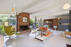 Originally built in 1960 as the model home for a Joseph Eichler development in San Rafael, 28 Arcangel Way is still very much a model of everything Eichler. It has almost every feature we think of …