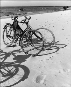 hauntedbystorytelling: Herbert List :: Bicycles, Baltic Sea, 1930 more [+] by this photographer Herbert List, Modern Photography, Black And White Photography, Street Photography, Inspiring Photography, Fashion Photography, Jean Arp, Capri Italia, Andreas Gursky