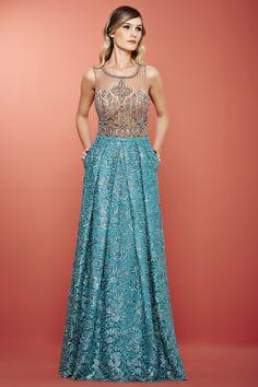 Vestido de festa Stylish Dresses, Elegant Dresses, Pretty Dresses, Royal Dresses, Gala Dresses, Dress Vestidos, Style Casual, Fasion, Fashion Outfits