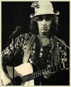 Mick Taylor, a great guitarist, was considered by some an outsider in the Rolling Stones.