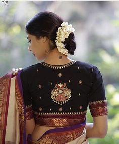 Black GandaBerunda Cotton Blouse Beautiful design, get it made for you. Silk Saree Blouse Designs, Fancy Blouse Designs, Bridal Blouse Designs, Blouse Neck Designs, Indian Blouse Designs, Saree Blouse Patterns, Designer Blouse Patterns, Blouse Styles, Traditional Blouse Designs