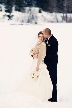 Zimowy ślub marzeń!   Salon Sukien Ślubnych ANNA