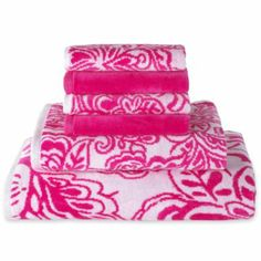 Jacobean bath towels perfect to brighten your dorm shower!  JCPenny $7.99-$16