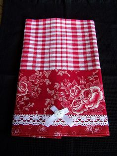 Red roses and white trims kitchen towel. Red roses and white trims kitchen towel. Dish Towels, Hand Towels, Tea Towels, Dish Towel Crafts, Fabric Crafts, Sewing Crafts, Sewing Projects, Diy Crafts, Red And White Kitchen