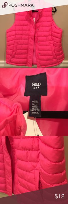 GAP (outlet) NWT pink vest GAP (outlet) NWT pink 100% polyester XXL vest. Choose to snap or zipper this cozy vest. Two front pockets w fleece-y lining. GAP Jackets & Coats Vests