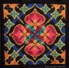 Houston International Quilt Festival-The Quilts-Part 2 Log Cabin Quilts, Log Cabins, Pineapple Quilt, International Quilt Festival, Country Quilts, Miniature Quilts, Doll Quilt, Quilt Sizes, Mini Quilts