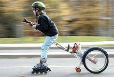 Olvídense de la Nimbus 2001 y de la Saeta de Fuego, un pequeño chico ha inventado una nueva forma de transporte mágico, una escoba tecnológica. Dicen las malas lenguas, que el chico en la escoba es…
