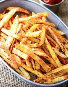 Frites sans friteuse. (http://www.mafourchette.com/recettes/recette-de-frites-maison-sans-l-aide-de-la-friteuse/)