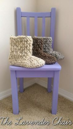 Brickwork Slipper Boots - Free Crochet Pattern - The Lavender Chair Chunky Crochet, Knit Or Crochet, Crochet Crafts, Crochet Projects, Fast Crochet, Craft Projects, Crochet Jacket, Crochet Granny, Double Crochet