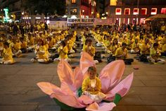 Photo Report: October in Madrid | Falun Dafa - Minghui.org