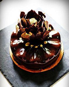 Extra Shiny Cocoa Glaze Recipe by Chef Kevin Ketkaew.