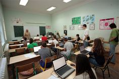 Za prvo PISA elektronsko testiranje Telenor fondacija obezbedila 70 računara http://www.personalmag.rs/it/edukacija/za-prvo-pisa-elektronsko-testiranje-telenor-fondacija-obezbedila-70-racunara/