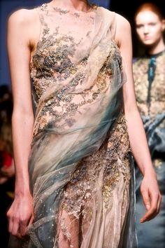 Yiqing Yin Couture F/W 2013
