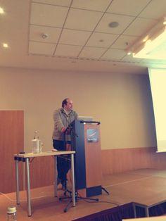 Jens Ferner von der Anwaltskanzlei Ferner gibt Tipps und beantwortet Rechtsfragen zu Social Media. #SMDAC13 #Aachen