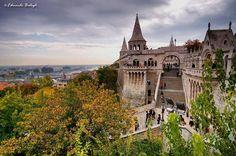 Budapesti ősz - A Halászbástya a budai várban. Hungary fotó Balogh Eduardo