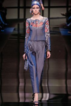 Armani Privé Spring 2014 Couture Collection Photos - Vogue