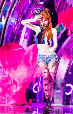 lisa as if it's your last Kpop Girl Groups, Korean Girl Groups, Kpop Girls, Blackpink Lisa, Kim Jennie, Blackpink Fashion, Korean Fashion, Lisa Black Pink, Oppa Gangnam Style