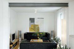 Stahlträger: Statt einer Wand schultert ein starkes Profil die Decke.