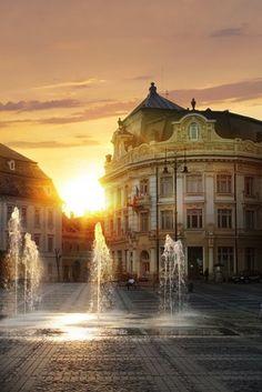 Piata Mare, Sibiu, #Romania. Europe Travel via Sun-Surfer.