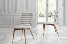 Are you looking for an Upholstered chair with leg in walnut color? Discover on our website our new collection of Italian design modern furniture. Table Extensible, Rustic Chic, Upholstered Chairs, Modern Furniture, Accent Chairs, Modern Design, Dining Chairs, Home Decor, Color Nogal