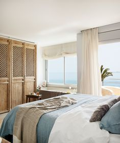 Pool and sea views abound in this beautiful Costa Blanca apartment. This home would certainly make for an unforgettable summer enjoying the Spanish seaside and sunshine! Best Interior, Interior Design, Palette, Beach House Decor, Home Decor, Dream Bedroom, My Dream Home, Luxury Homes, House Design