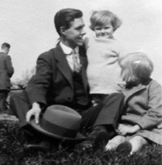 "Caption: Wallie (Nanna's son) ""with sons Richard and Jeffrey."" (Not convinced - one is a girl, the other really looks like John Settle)"