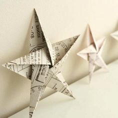 5 pointed origami star Christmas ornaments - step by step instructions (Diy Paper Ornaments) Diy Christmas Star, Christmas Star Decorations, Christmas Origami, Homemade Christmas, All Things Christmas, Tree Decorations, Origami Xmas Decorations, Oragami Star, Origami Christmas Star