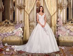 Wedding Dress Photos - Find the perfect wedding dress pictures and wedding gown photos at WeddingWire. Browse through thousands of photos of wedding dresses. Bridal Wedding Dresses, Dream Wedding Dresses, Bridal Style, Ivory Wedding, Tulle Wedding, Elegant Wedding, Floral Wedding, Wedding Dress Pictures, Perfect Wedding Dress