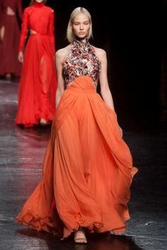 View the Prabal Gurung Fall 2014 RTW collection. See photos and video of the F2014RTW runway show. Prabal Gurung