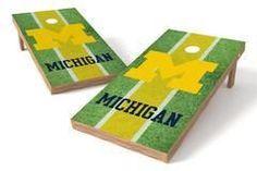 Michigan Wolverines Single Cornhole Board - Field
