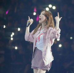 Snsd, Girls Generation, Fire, Fashion, Moda, Fashion Styles, Fashion Illustrations