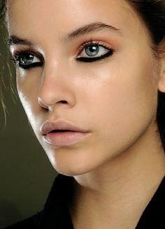 How to Wear Under Eye Eyeliner